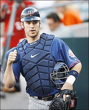 http://manginamonologues.files.wordpress.com/2008/03/joe-mauer.jpg
